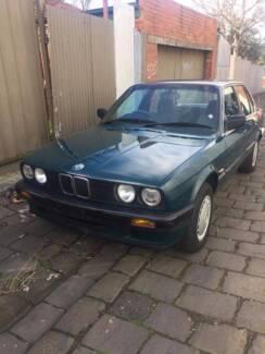 1990 BMW 3i8 Sedan