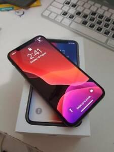 Apple iphone X 64GB Black AS NEW Condition Unlocked