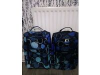 2 light weight suit cases cabin size