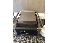 Commercial Buffalo Electric Large panini grill, contact grill machine catering equipment.
