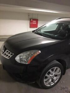 Like new Nissan Rogue SL full loaded