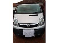 Vauxhall Vivaro 2900 CDTi 113 SWB  (Silver) NO VAT 32263 miles