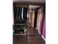 Wardrobe with mirrored 2 sliding doors