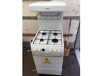 Gas cooker in white
