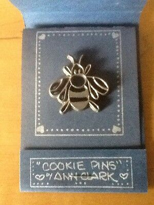 Vermont Collection Pewter Cookie Pin by Ann Clark - BEE - Made in USA!