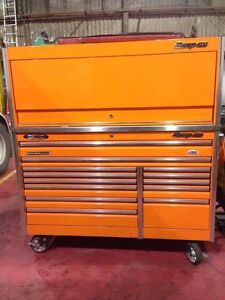 Snapon epic series toolbox with hutch and stainless top