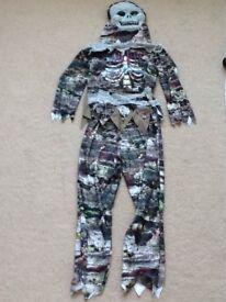 Zombie/Mummie/Skeleton dressing up costume size 7-8 years