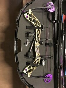 Bowtech Carbon Rose RH Bow