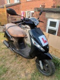 2012 Piaggio Zip 50cc Scooter/Moped Black