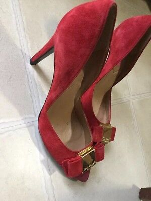 ISAAC MIZRAHI NEW YORK LUllete Size 6 Red SUEDE HIGH HEEL PUMP Bow Front
