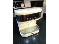 Breville Wake-Cup Retro Hot Water Dispensor/Tea Maker - Teasmade w/Inbuilt Alarm Clock/LED Lighting