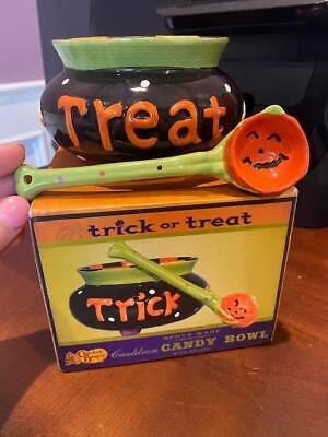 NEW-Cracker Barrel TRICK OR TREAT Cauldron Candy Bowl & Spoon Halloween Ceramic
