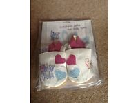 CHILDRENS LEATHER FIRST/PRAM SHOES BRAND NEW