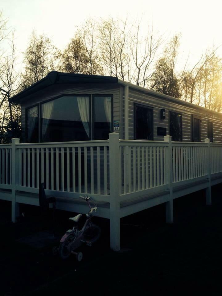 Original  Prestatyn North Wales 13x40 Static Caravan For Hire New End Of 2015