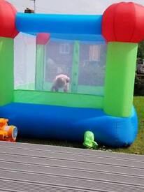 6x6 children's bouncing castle with fan