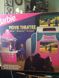 Barbie Movie Theatre MAGICAL SCREEN Theater & Snack Bar. made in 1995
