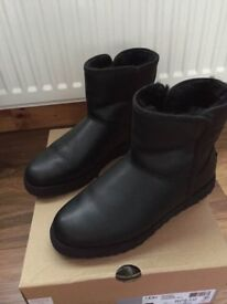 Ugg Boots (black leather)