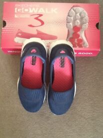Skechers womens trainers.