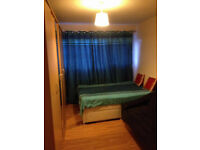 A Large Double Room Rent On 1st of August Near Stratford& Plaistow Station £600P/M(all included)
