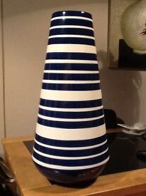 Large Next vase in excellent condition