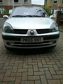 Renault clio 2005 65000 miles 1 years mot