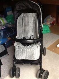 Mamas and papas Pramette/pushchair/car seat