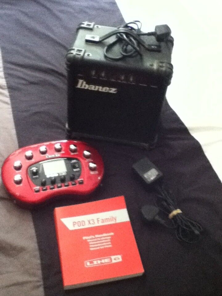 Line 6 Pod X3 Guitar Effects Modeller/Processor With Ibanez Practice Amp Bundle