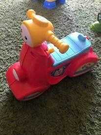 Kids ride on