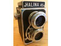 Halina ReflexType Camera - Medium Format in mint condition, in original box & leather case - Machen