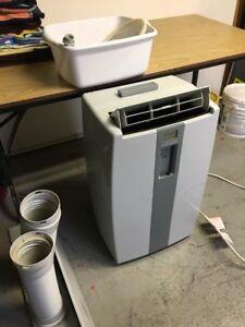Portable air conditioner/dehumidifier
