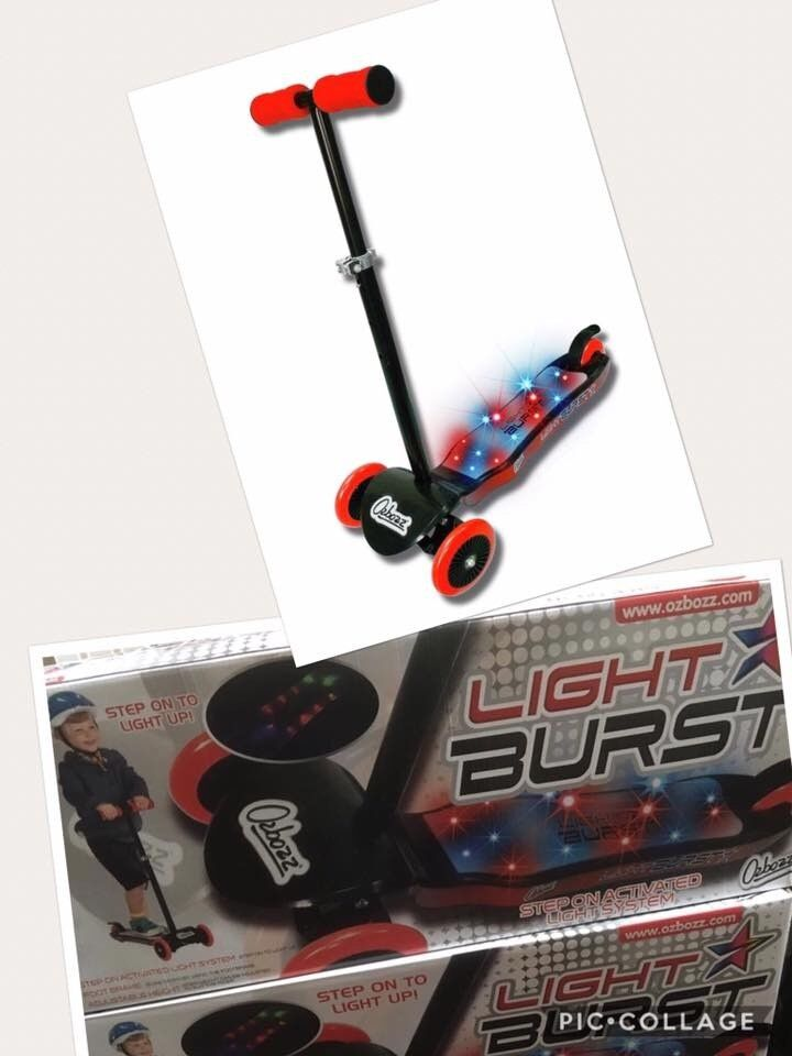 Brand new Ozboss light burst disco Scooter age 3 + activated disco lights / back brakes