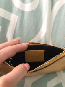 Gucci signature coin pouch with keychain