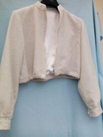 Cream cotton / linen short jacket size 8-10 – £1