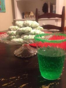 How to have a How the Grinch Stole Christmas movie night