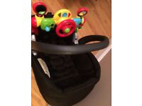 Mamas & Papas Car seat with isofix base and ELC car toy BARGAIN!!