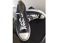 Navy converse low trainers