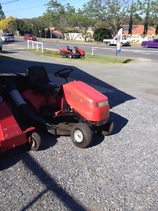 Cox Ride on Mower and Catcher Alexandra Hills Redland Area Preview