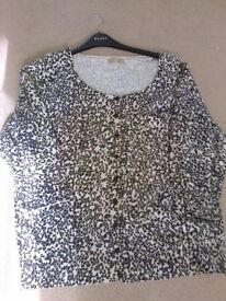 ladies Tu Leopard print top button fasten size 20