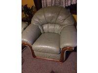 Free !!!! Sofas, Armchairs & Suites
