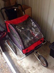 2 Seat, 3 wheel kids bike trailer Broadmeadow Newcastle Area Preview