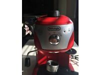 DeLonghi Espresso Coffee Machine / Good condition