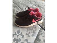 Black Nike UK 1 Trainers