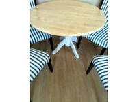 DINING TABLE AND 4 CHAIR SET