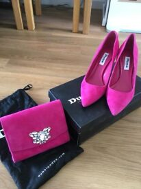 Dune size 36, uk 3 pink suede court shoes and matching clutch bag with gold chain
