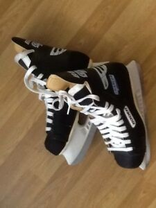 Patin de hockey Bauer Charger, grandeur 7,5