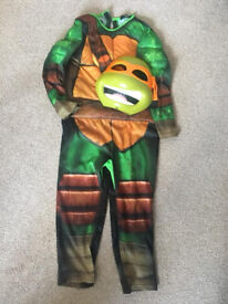TMNT dress up costume with mask