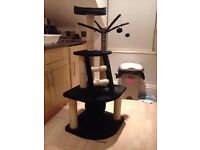 3 tiered cat scratching post