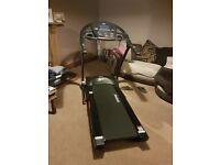 Reebok treadmill ZR9 - excellent condition