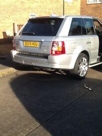 Lovely 55 plate silver Range Rover sport 81000 miles