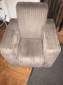 Chunky cord chair